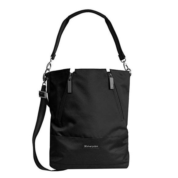 9af3ec42ba90 Sherpani Women s Devyn Bucket Bag